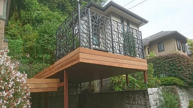 鎌倉市のウッドカーポートデッキ施工