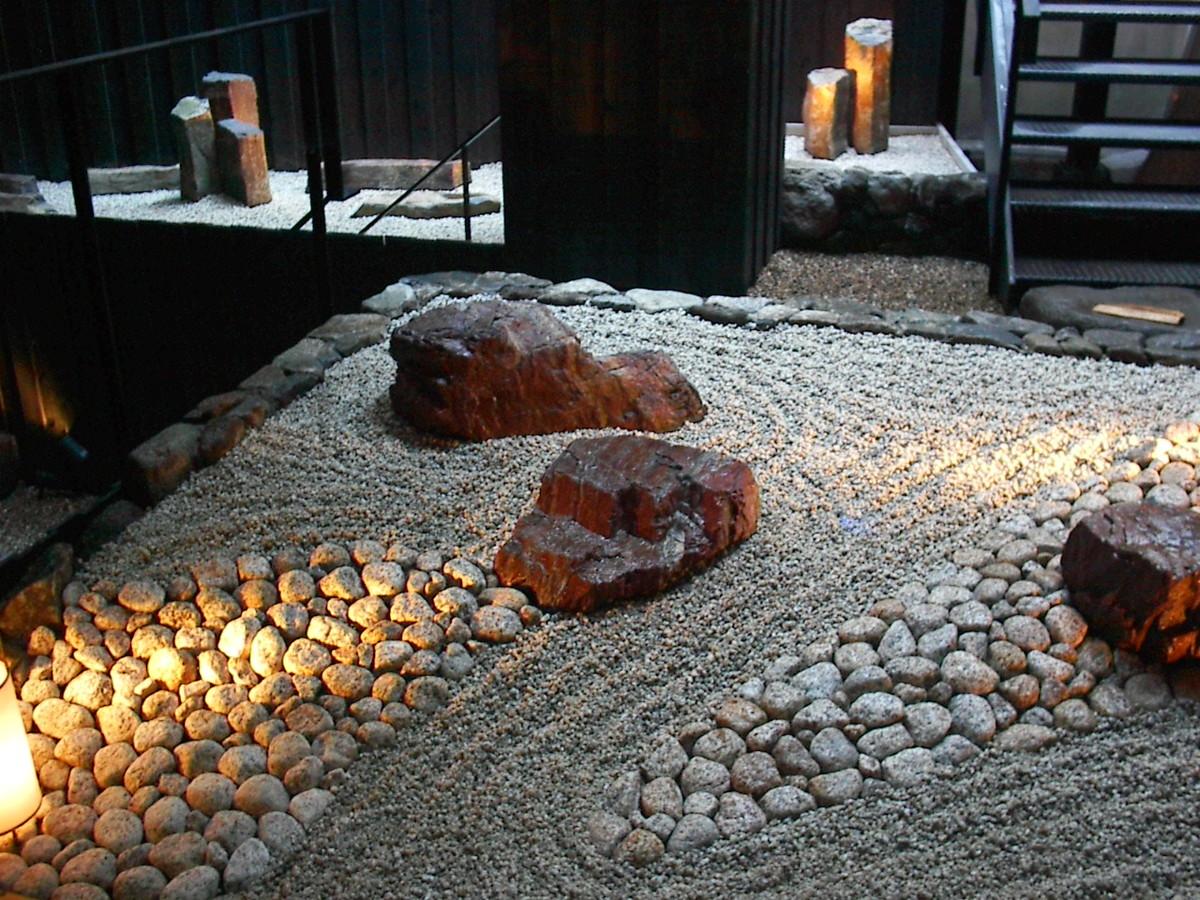 東京都内店舗のモダン和風庭園施工事例